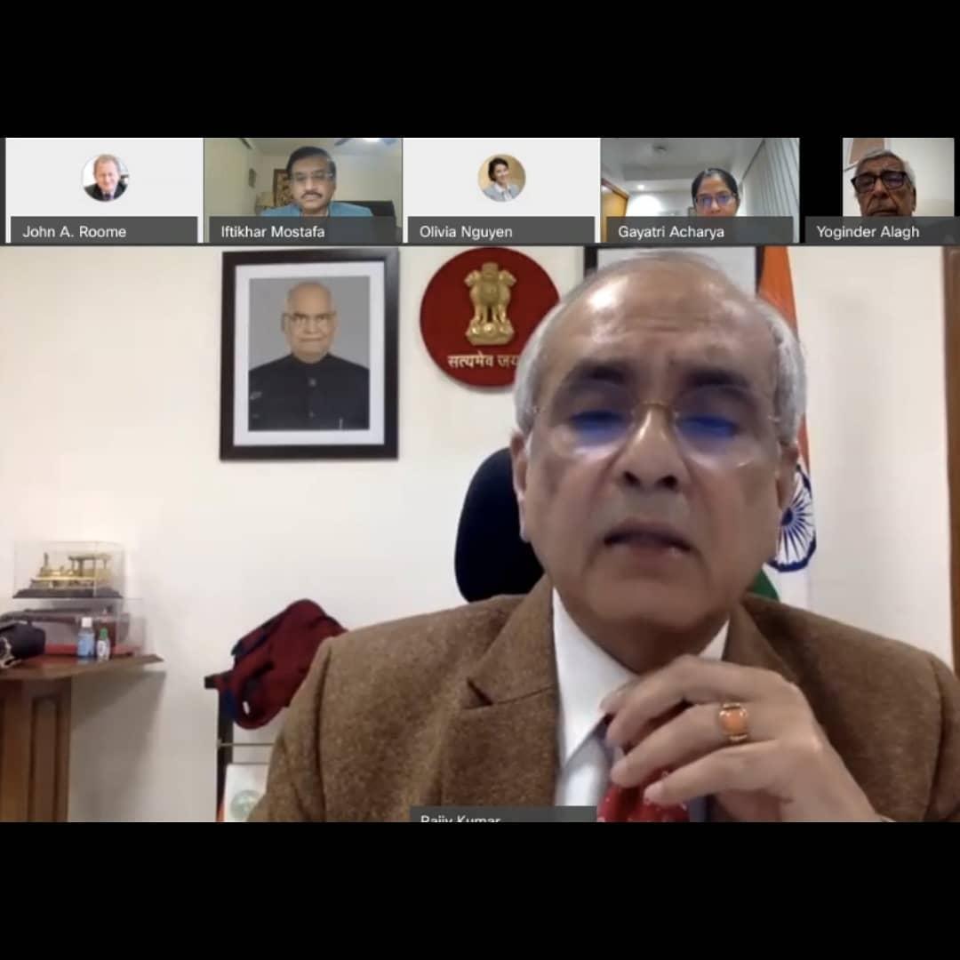 Entretien entre Rajiv Kumar et Yoginder Alagh  sur le sujet des  «Politiques agricoles dans la phase COVID»
